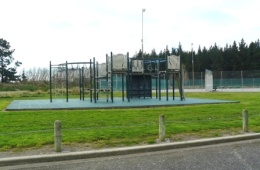 Gladstone-Park-playground-1