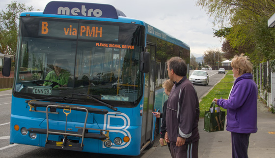 Sovereign Palms Residents Protest Bus Changes thumbnail image.