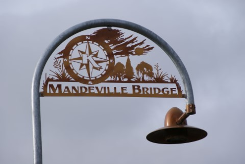 Kaiapoi's Mandeville Footbridge to Stay Closed for a Few Months thumbnail image.